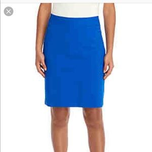 Thalia Sodi blue pencil skirt